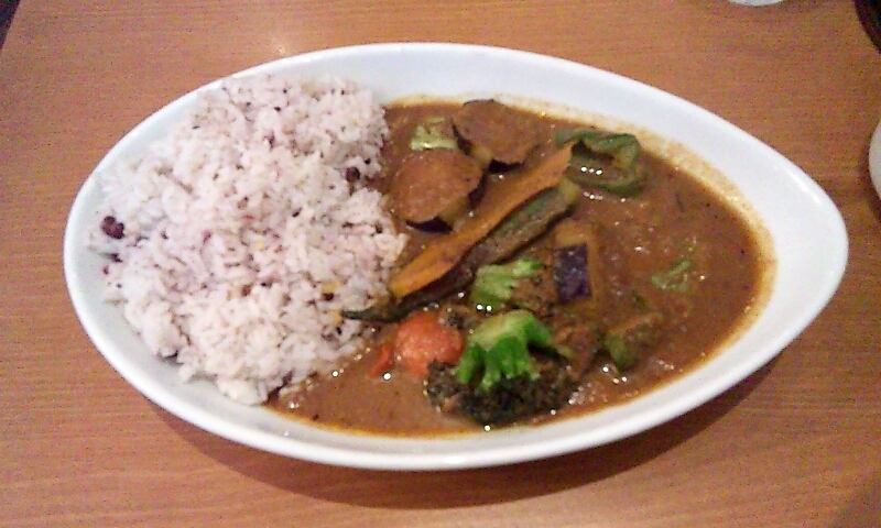 横浜カリフェでインド野菜。